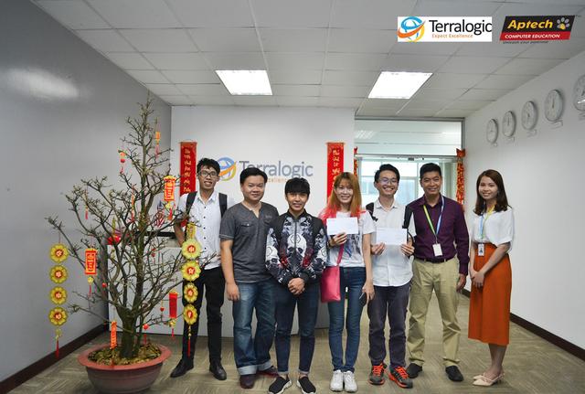 Sinh viên Aptech tham quan và trải nghiệm tại công ty Terralogic