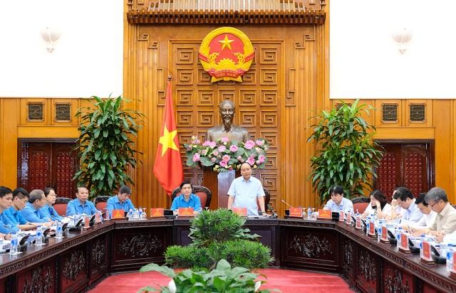 Thủ tướng chủ trì cuộc làm việc với lãnh đạo Tổng Liên đoàn lao động Việt Nam