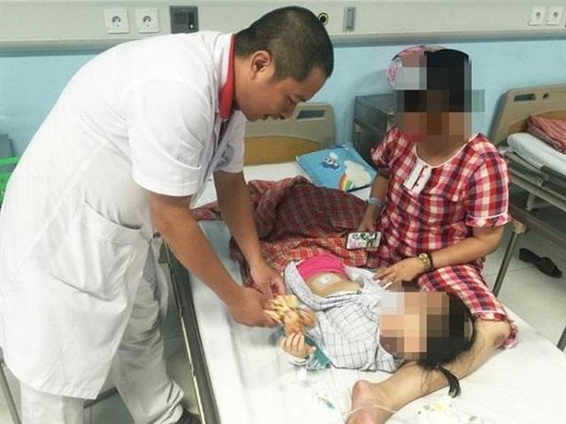 Bé gái 3 tuổi tại TP.Hải Phòng may mắn phát hiện sớm khối u buồng trứng