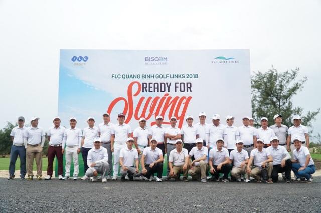 Các golfer đã có những trải nghiệm đầu tiên tại giải đấu Ready For Swing. Đây là giải đấu đầu tiên được tổ chức tại FLC Quang Binh Golf Links cách đây không lâu.
