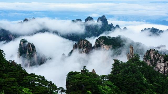 Vẻ đẹp như chốn bồng lai tiên cảnh ở đỉnh núi Hoàng Sơn, tỉnh An Huy