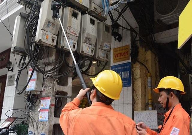 Xử lý các chủ nhà trọ bán giá điện quá cao là việc không dễ dàng (Ảnh minh họa)