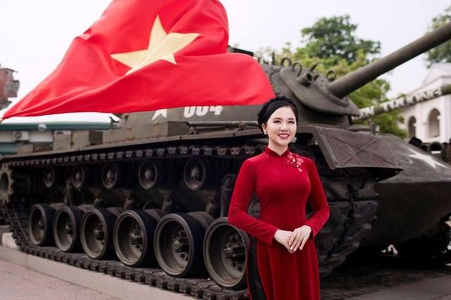Ca sĩ Phạm Thùy Dung ra MV Cúc ơi.