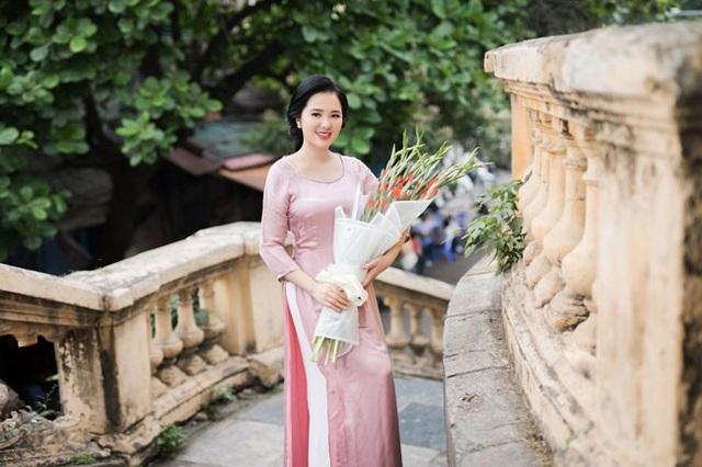 """Phạm Thuỳ Dung xúc động với ca khúc về cô gái ngã ba Đồng Lộc, """"Cúc ơi"""" - 5"""
