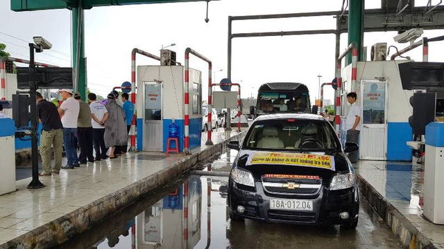 Nhiều lái xe phản đối BOT Mỹ Lộc