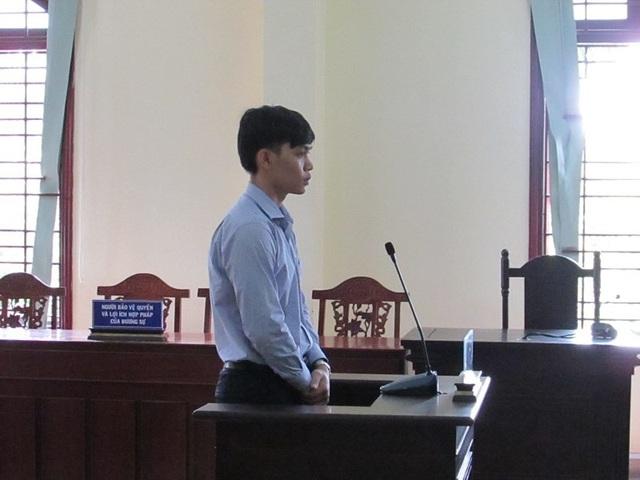 Bị cáo Danh tại tòa ngày 26-7. Ảnh: NN