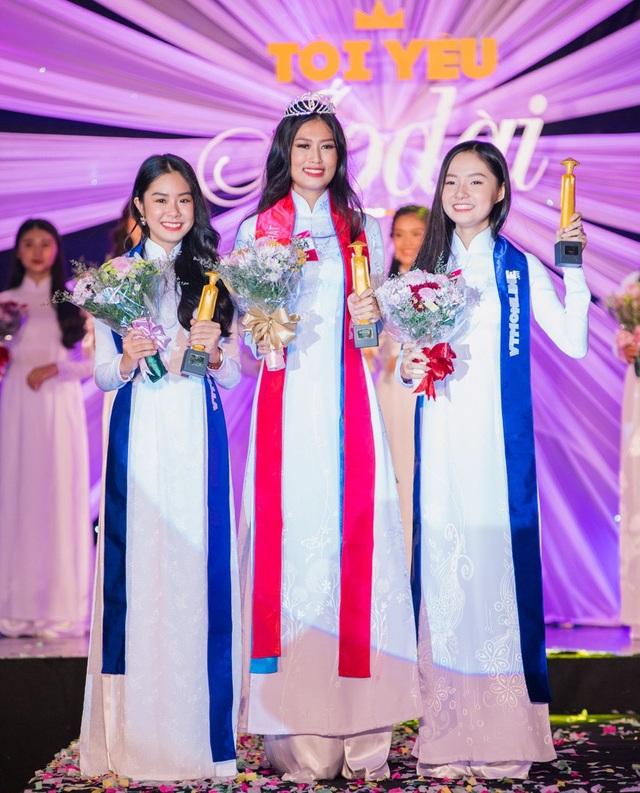 Đoàn Thiên Ân giành giải Nhất cuộc thi, giải Nhì và Ba thuộc về nữ sinh Phạm Ngọc Song Thư và Nguyễn Sok Tường Vy