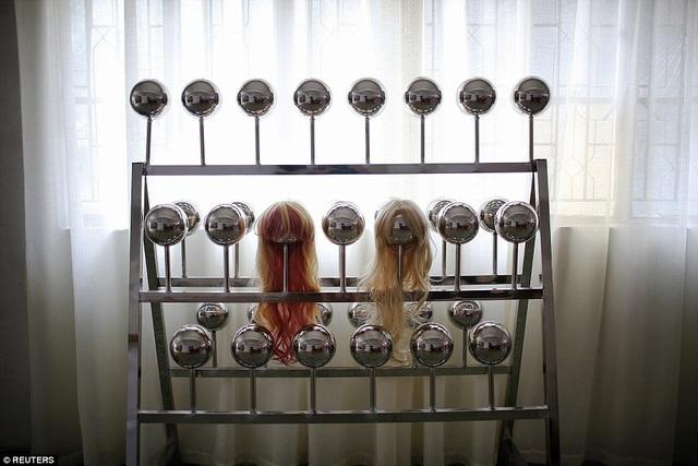 Hiện những sản phẩm bán chạy nhất của WMDOLL vẫn là các búp bê tình dục cơ bản, có diện mạo giống người thật và giá từ 877-1.020 USD mỗi sản phẩm.