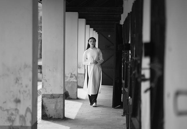 Nữ chiến sĩ trẻ bồi hồi cảm xúc khi tới thăm Côn Đảo - 9