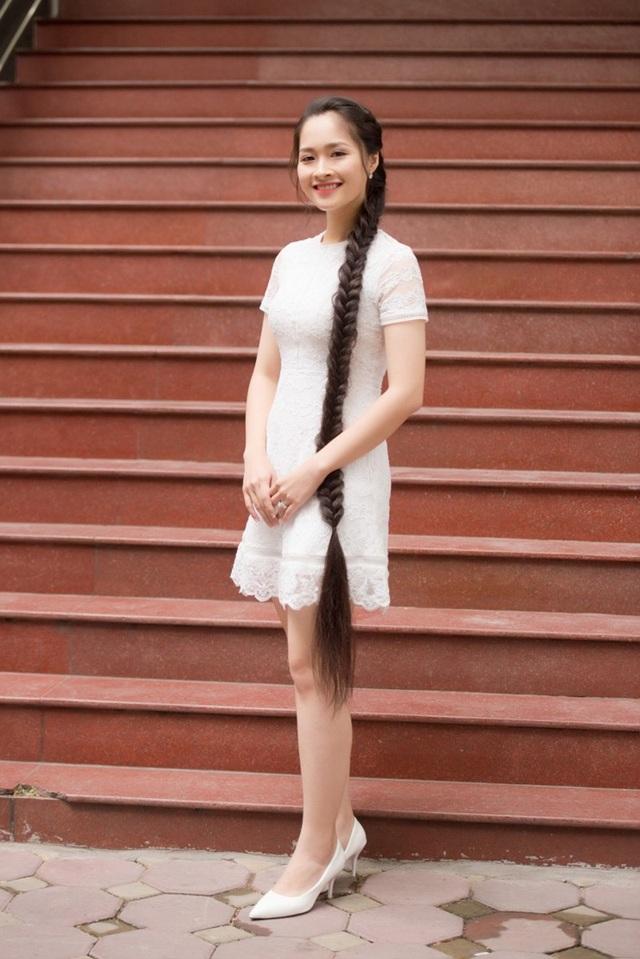 Cô là một trong những thí sinh có mái tóc dài nhất tại cuộc thi Hoa hậu Việt Nam 2018, tuy vậy Khánh Linh cho biết sẵn sàng cắt tóc nếu BTC yêu cầu, thể hiện quyết tâm rất lớn của nữ sinh với cuộc thi này.