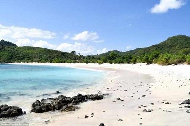 Bạn có biết đâu là những bãi biển đẹp nhất thế giới? - 12