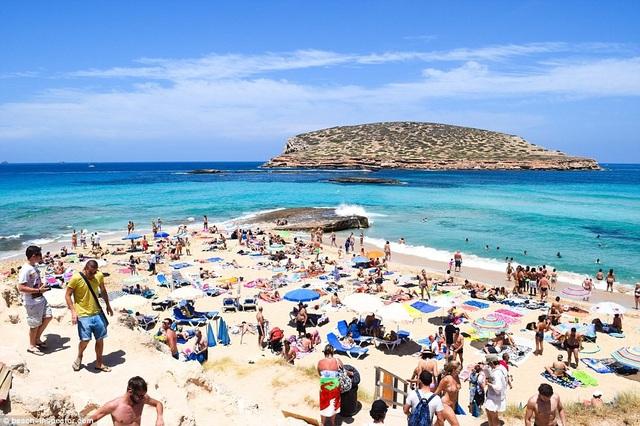 Bạn có biết đâu là những bãi biển đẹp nhất thế giới? - 15