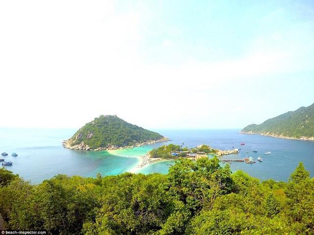 Bạn có biết đâu là những bãi biển đẹp nhất thế giới? - 3