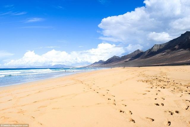 Bạn có biết đâu là những bãi biển đẹp nhất thế giới? - 7