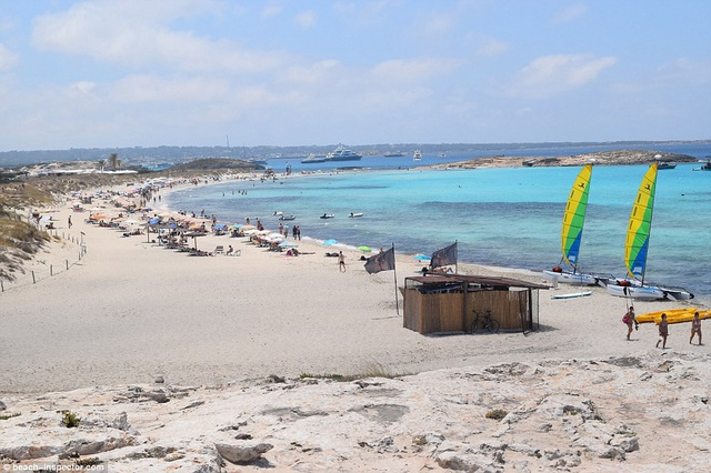 Bạn có biết đâu là những bãi biển đẹp nhất thế giới? - 9