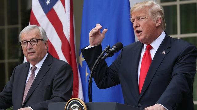 Hai nhà lãnh đạo đã đạt thỏa thuận hạ nhiệt căng thẳng thương mại. (Ảnh: EPA)