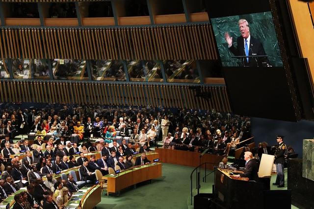 Tổng thống Trump phát biểu trước lãnh đạo các nước thành viên Liên Hợp Quốc năm 2017 (Ảnh: Time)