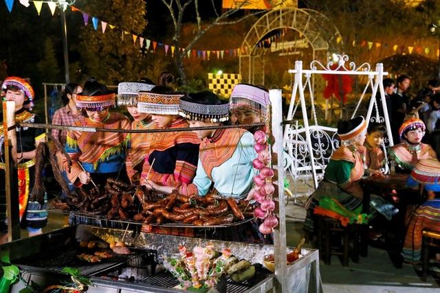 Người Tây Bắc cũng mê mệt Lễ hội ẩm thực ở Fansipan - 1