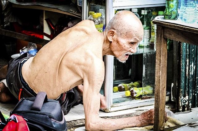 Cựu chiến binh hơn trăm tuổi vẫn bán quán mưu sinh giữa Thủ đô - 10