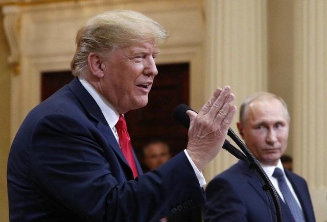 Tổng thống Mỹ Donald Trump và Tổng thống Nga Vladimir Putin trong cuộc họp báo chung hôm 16/7 tại Phần Lan. (Ảnh: Reuters)