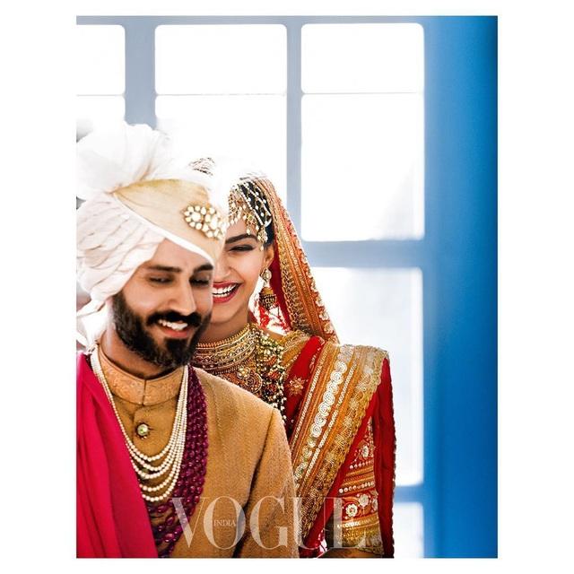 Những hình ảnh đẹp như mơ trong hôn lễ minh tinh Ấn Độ - 19