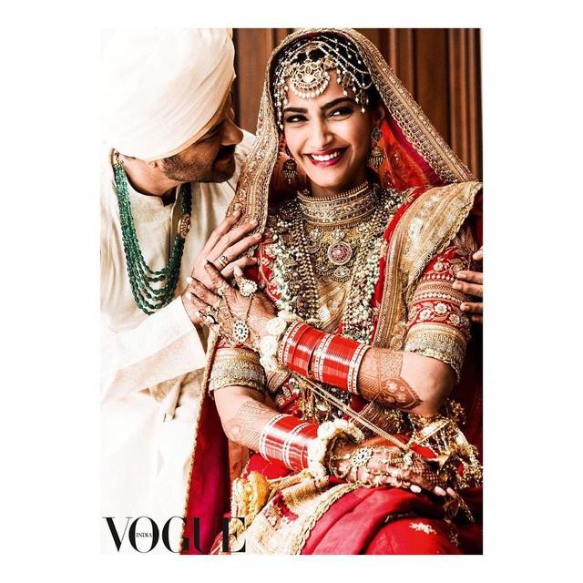 Những hình ảnh đẹp như mơ trong hôn lễ minh tinh Ấn Độ - 3