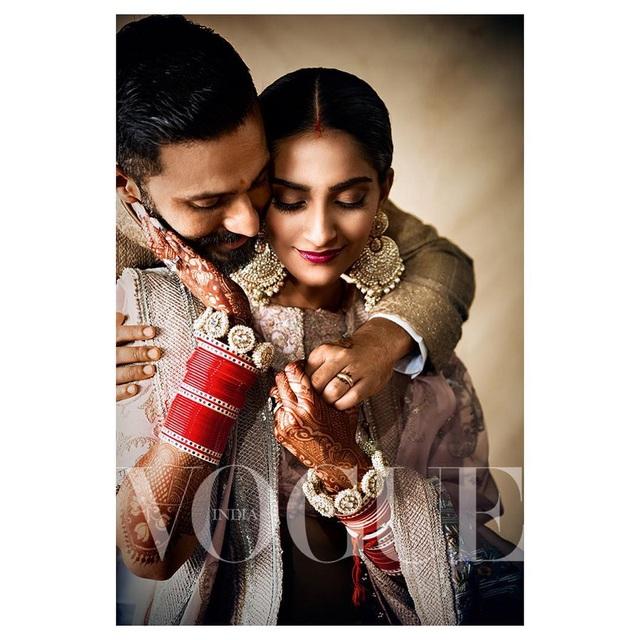 Những hình ảnh đẹp như mơ trong hôn lễ minh tinh Ấn Độ - 20