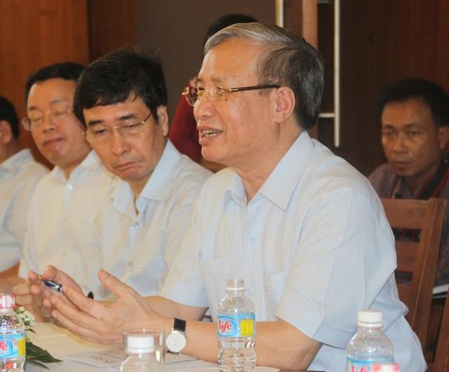 Ủy viên Bộ Chính trị - Thường trực Ban Bí thư Trung ương Đảng Trần Quốc Vượng tại buổi thăm và làm tại Trung tâm quốc tế Khoa học và Giáo dục liên ngành (ICISE) tại TP Quy Nhơn, tỉnh Bình Định.