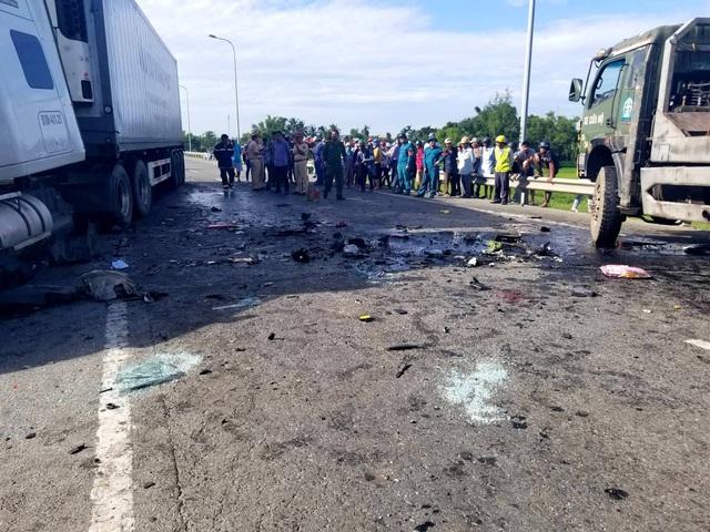 Vụ tai nạn thảm khốc 13 người chết: Tài xế xe đón dâu có dấu hiệu buồn ngủ - 1