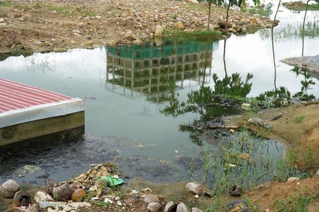 Thanh Hóa: Nước thải, rác bẩn ngập ngụa khu du lịch biển Hải Tiến - 10