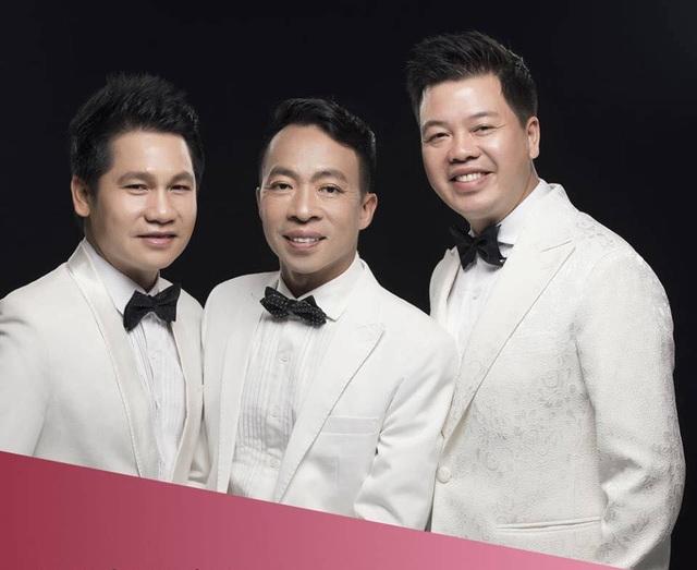 Tam ca nhạc đỏ sẽ kỷ niệm 20 năm ca hát bằng Live show Concert Đường chúng ta đi diễn ra vào 26/8 tại Hà Nội. Đây là đêm nhạc đánh dấu 20 năm gắn bó của Trọng Tấn, Đăng Dương, Việt Hoàn trên con đường ca hát.