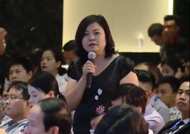 Bà Thực cho biết bản thân bà vì muốn bán nông sản Việt tại trang thương mại số 1 của Trung Quốc đã phải bấm bụng đặt cọc hàng chục tỷ đồng.