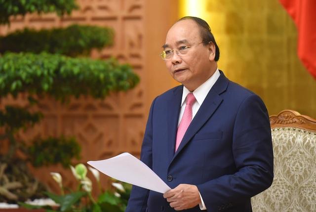 Thủ tướng Nguyễn Xuân Phúc chủ trì phiên họp thường kỳ tháng 7 của Chính phủ (ảnh: VGP)
