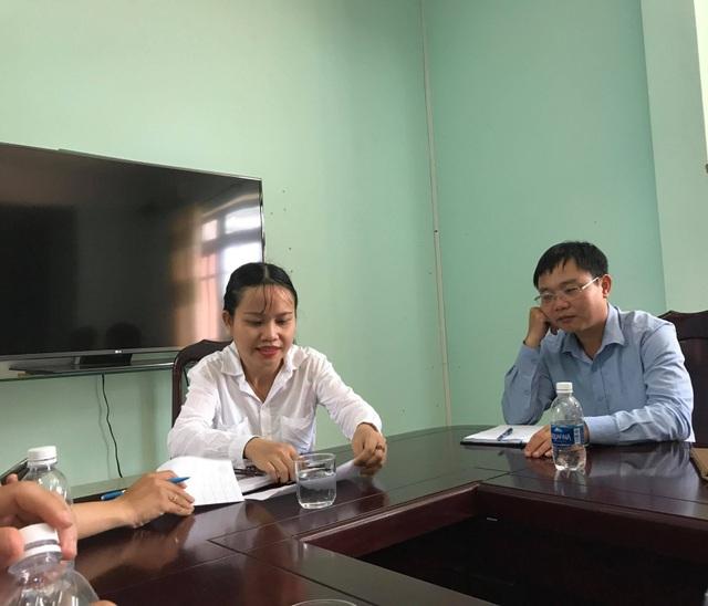 Đại diện UBND huyện Krông Ana (Đắk Lắk) trao đổi với PV về vụ việc.