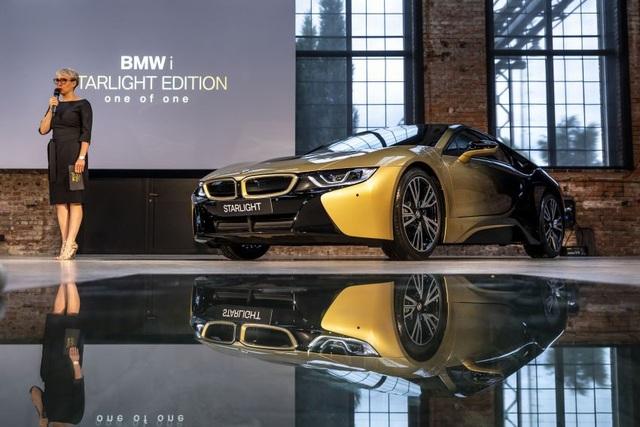 BMW trộn bột vàng vào sơn xe i3 và i8 - 5