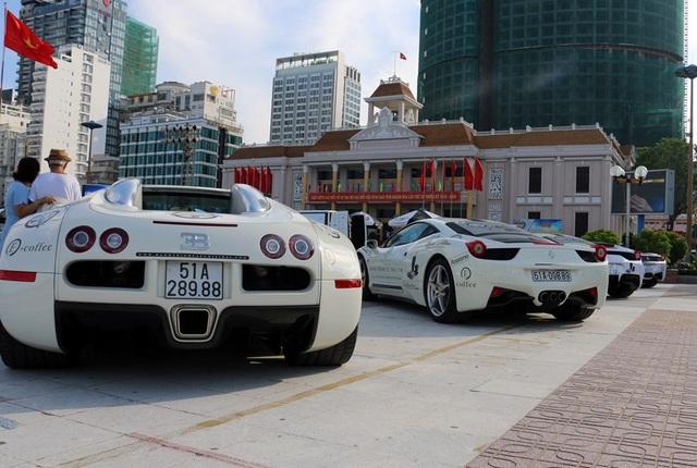 """Dàn siêu xe """"đổ bộ"""" thành phố biển Nha Trang - 4"""
