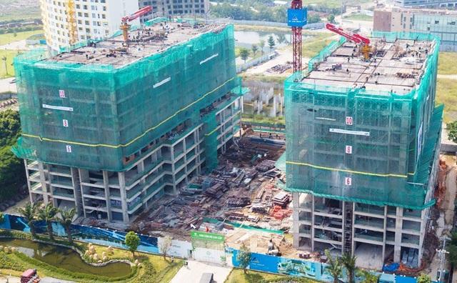 Khu đất 9.125 m2 trên đường Nguyễn Văn Quỳ phường Phú Thuận, quận 7, TPHCM) là tài sản Nhà nước giao cho Công ty CP Kim khí TPHCM thuê đất. Sau đó, công ty này đã bán toàn bộ khu đất này cho Tập đoàn bất động sản Đất Xanh với giá hơn 102 tỷ đồng. Hiện khu đất đã trở thành hai tòa nhà cao 25 tầng mang tên Luxgarden.