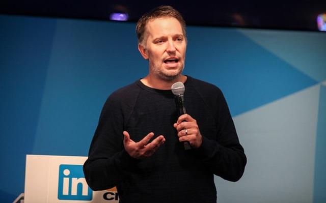 Ryan Roslansky - Phó chủ tịch phụ trách sản phẩm của Linkedin.