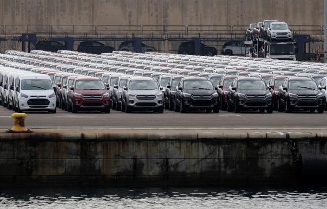 EU dọa sẽ đáp trả nếu Mỹ tăng thuế nhập khẩu ô tô - 1