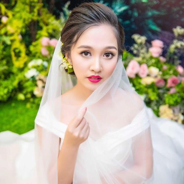 Đỗ Hà Anh xinh đẹp khi làm cô dâu