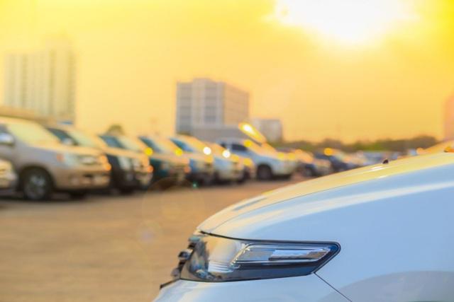 Làm gì để bảo vệ xe dưới trời nắng nóng? - 3