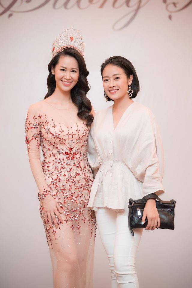BTV Phí Linh VTV.