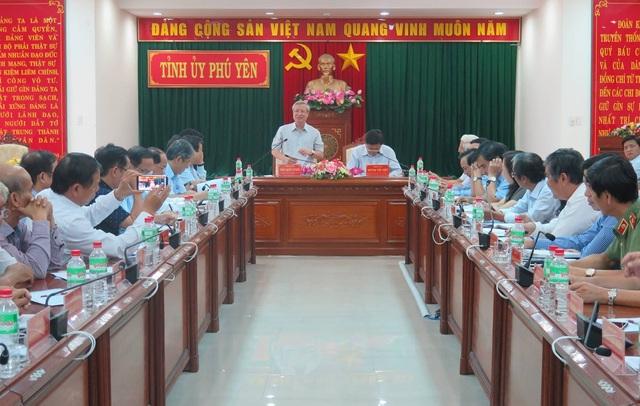 Thường trực Ban Bí thư, ông Trần Quốc Vượng làm việc với Tỉnh ủy Phú Yên