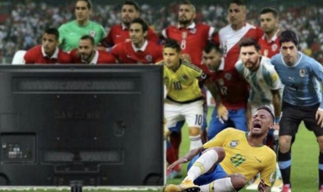 Thói hay ăn vạ của Neymar khiến anh trở thành tâm điểm chế ảnh của cộng đồng mạng.