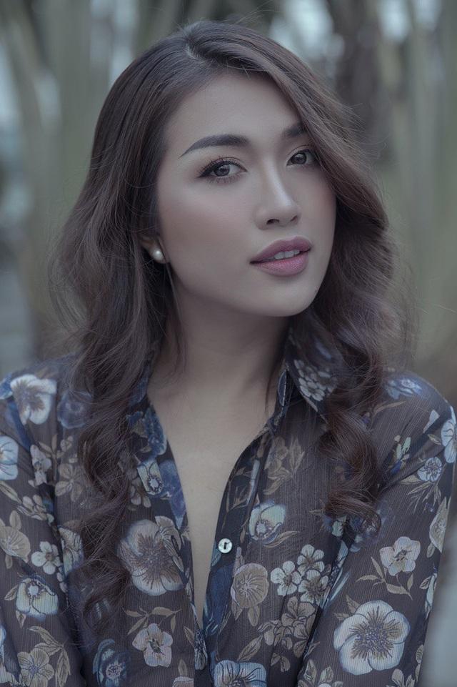Từ khi đạt danh hiệu Á hậu 2 Hoa hậu Hoàn vũ Việt Nam 2015 và đại diện quốc gia dự thi Miss Universe 2016, Lệ Hằng xây dựng hình tượng của một người đẹp thanh lịch, sang trọng.