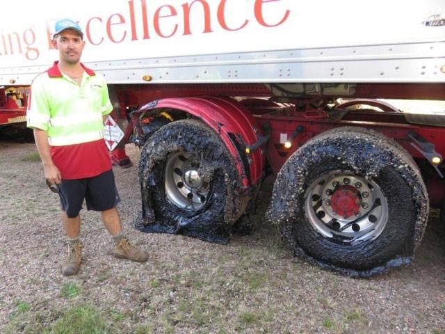 Vụ việc diễn ra ở miền bắc Queensland khiến các tài xế kỳ cựu nhất cũng phải bó tay