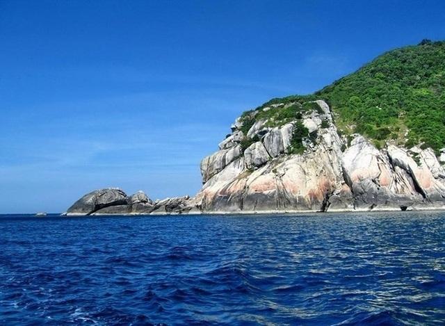 Những bãi biển đẹp như thiên đường ở Việt Nam nên đi trong tháng 7 - 8