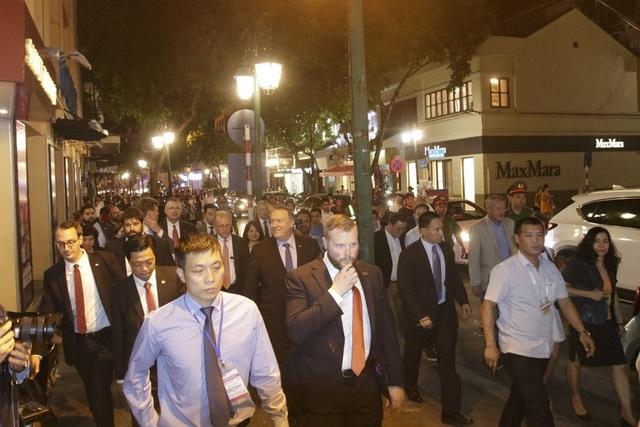 Ngay sau khi tới Việt Nam vào hôm nay, Ngoại trưởng Mỹ đã có cuộc gặp với Tổng Bí thư Nguyễn Phú Trọng vào chiều 8/7.