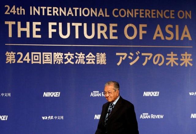 Thủ tướng Mahathir Mohamad dự hội nghị quốc tế về tương lai của châu Á tại Tokyo, Nhật Bản (Ảnh: Reuters)