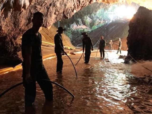 Mực nước trong hang Tham Luang đã giảm đáng kể sau nỗ lực tháo nước của đội cứu hộ (Ảnh: AFP)
